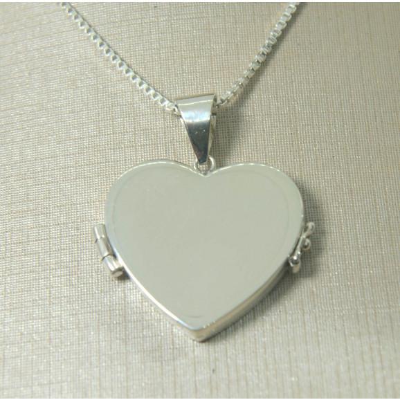 Pingente Relicário em Prata 950 Coração