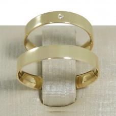 Aliança de Casamento em Ouro Amarelo 18K Reta Tradicional com Brilhante