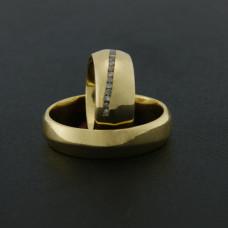 Aliança de Casamento em Ouro Amarelo 18K Tradicional com Brilhantes