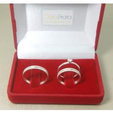 Kit Par Aliança em Prata 950 com Friso Diamantado e Solitário.